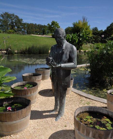 Есть в графском парке тихий пруд..... Там лилии цветут . .Ботанический сад Latour - Marliac. 16320