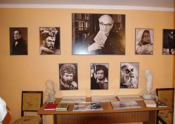 Ядрин Музей Мордвинова/1413032_Yadrin_06 (600x428, 99Kb)
