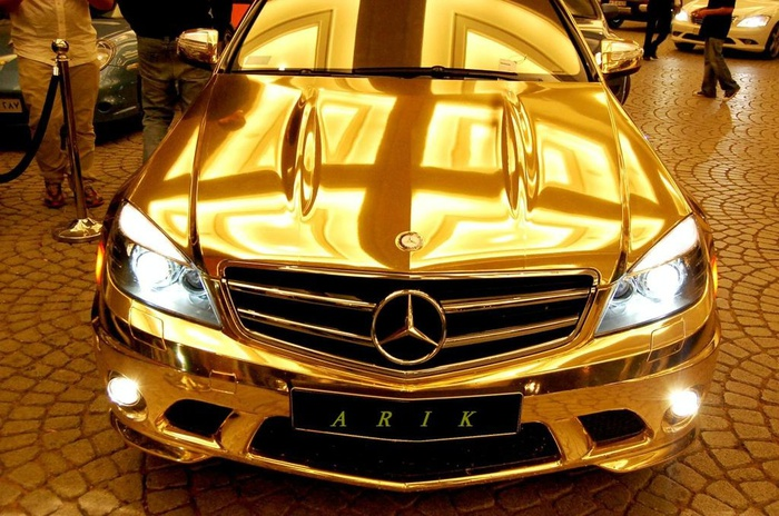 mercedes-benz-c63-amg-chrome-1 (700x464, 157Kb)