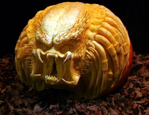 50-geek-pumpkin-carving-halloween-26-thumb-615x477-171945 (615x477, 75Kb)