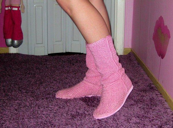 Примеры вязаной обуви: