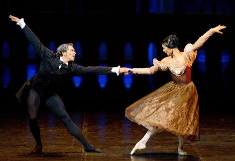 Су Джин Канг и Джейсон Райли  в балете Онегин (468x322, 34Kb)