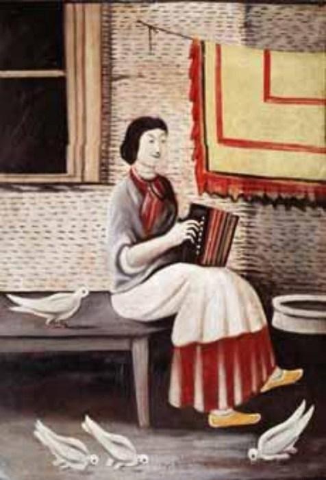 Сона играет на аккордеоне