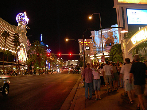 Las-Vegas-City-view-at-night-1669 (479x359, 100Kb)