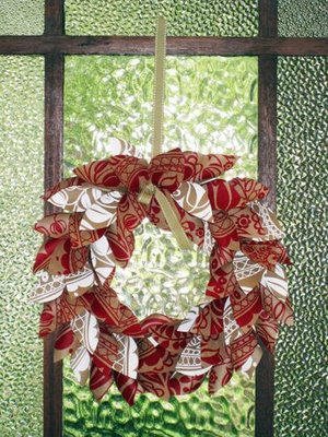 wreathOnDoor (300x400, 52Kb)