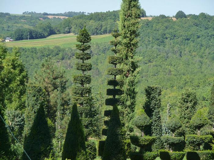 Сады поместья Эриньяк /Les Jardins du Manoir D'Eyrignac 37790