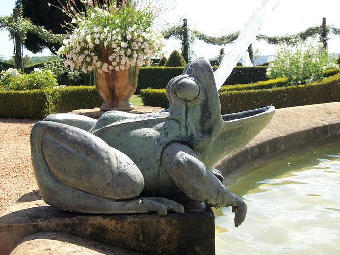 Сады поместья Эриньяк /Les Jardins du Manoir D'Eyrignac 44220