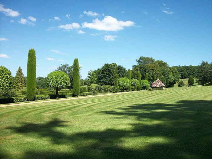 Сады поместья Эриньяк /Les Jardins du Manoir D'Eyrignac 19722