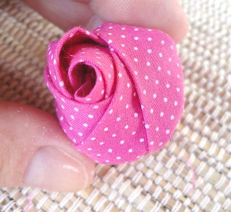 artesanato_fuxico_rosa_tecido (450x412, 50Kb)