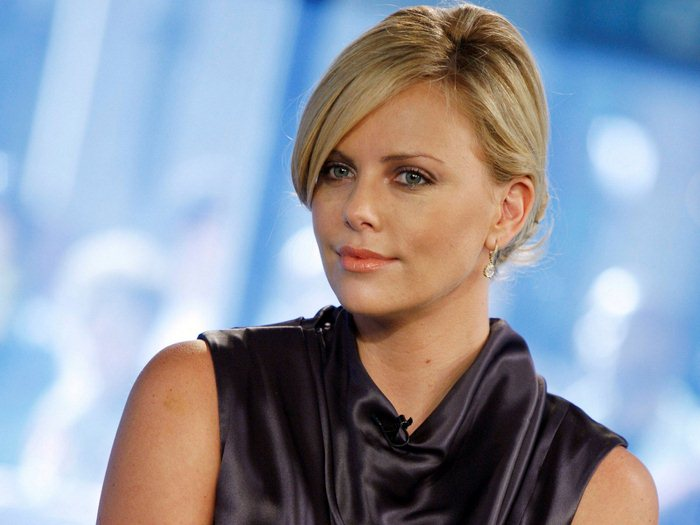 Charlize Theron (8) (700x525, 50Kb)
