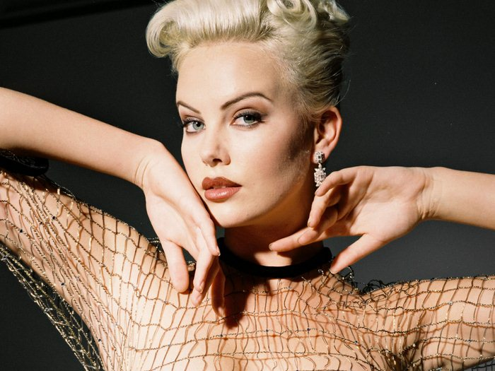 Charlize Theron (11) (700x525, 81Kb)