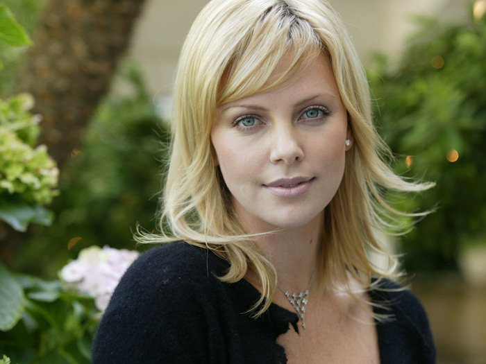 Charlize Theron (16) (700x525, 56Kb)