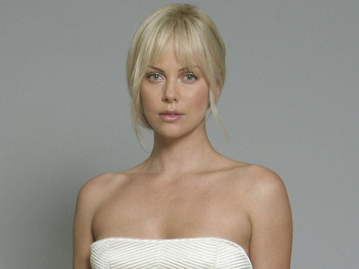 Charlize Theron (17) (700x525, 39Kb)