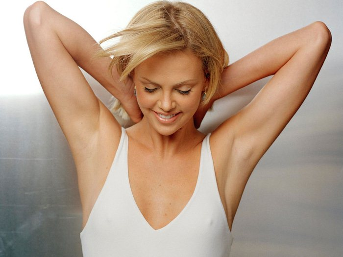 Charlize Theron (22) (700x525, 48Kb)