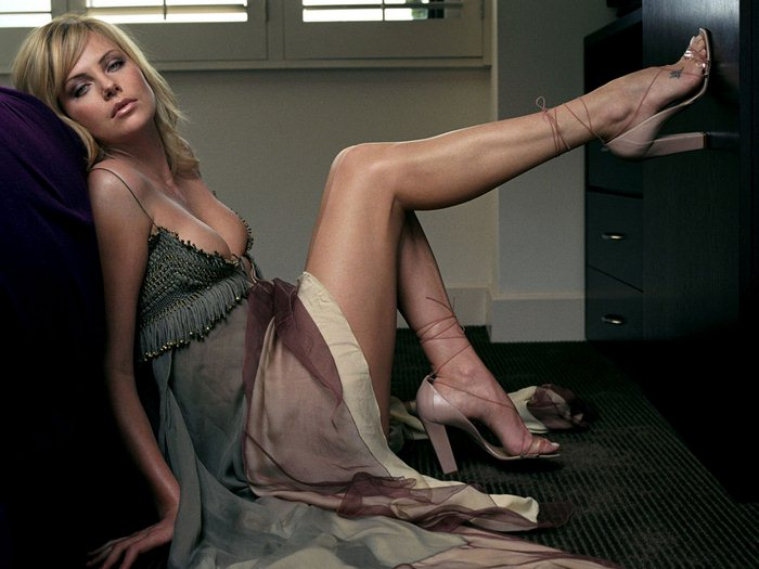 Charlize Theron (23) (700x525, 58Kb)