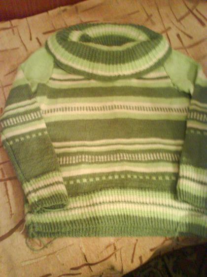 зеленый свитер (420x560, 40Kb)