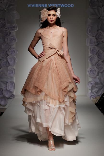 свадебные платья (433x650, 99Kb)