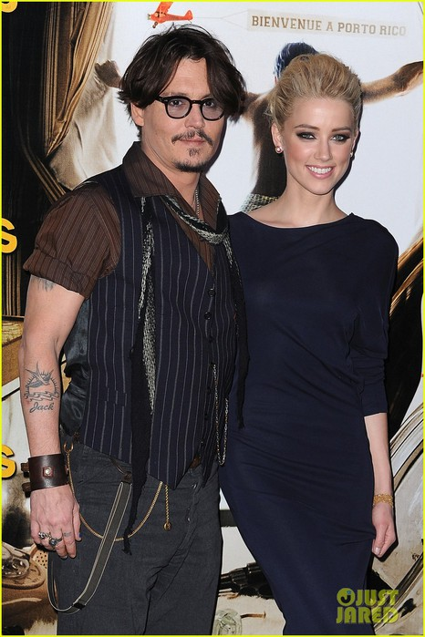 johnny-depp-amber-heard-rum-paris-premiere-01 (466x700, 95Kb)