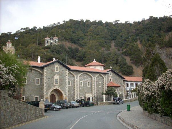 Монастырь_Киккос,_Кипр (604x453, 56Kb)