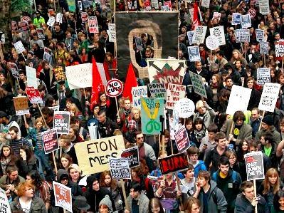 Англия - студенческие протесты (399x299, 60Kb)
