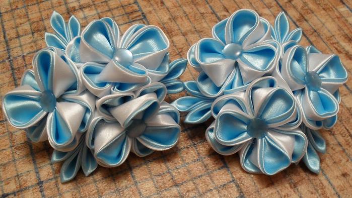 бело голубые (700x394, 400Kb)