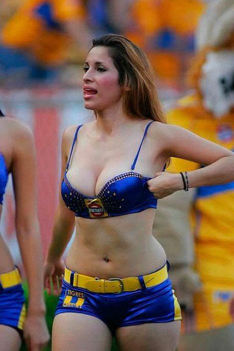 Мексиканские девушки 26 (468x700, 63Kb)