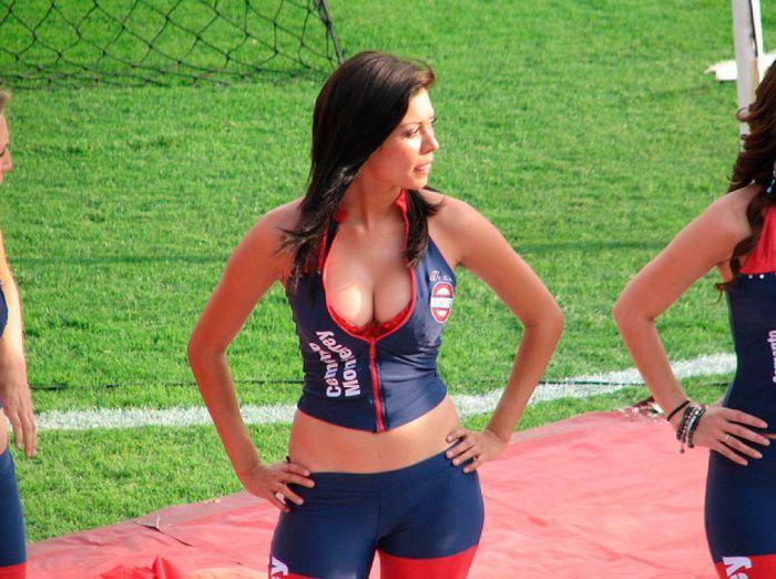 Мексиканские девушки 67 (700x522, 96Kb)