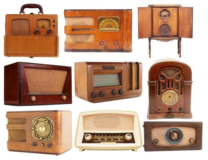 Красивые ретро радиоприемники 16 (700x540, 100Kb)