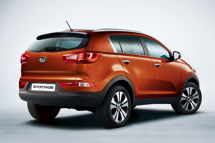 2011-Kia-Sportage-Rear-View (700x466, 77Kb)