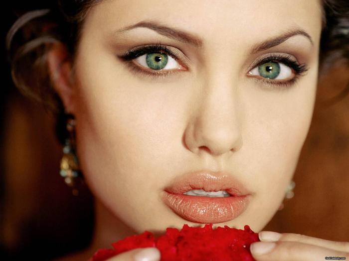Карепрост, красивые ресницы/2447247_beautiful_eyelashes (700x525, 211Kb)