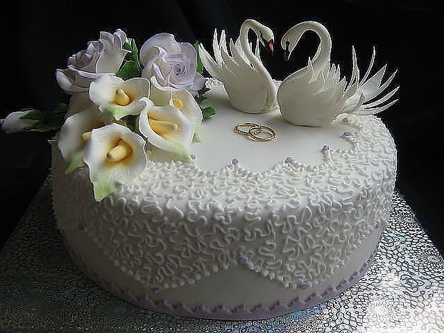 Как украсить торт на свадьбу своими руками фото
