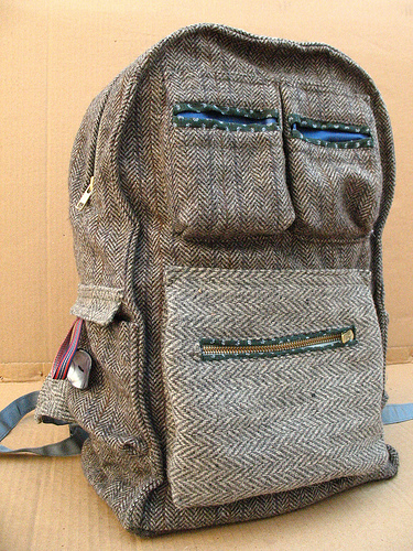 backpack-recovered-fabrics-carro-3 (375x500, 204Kb)