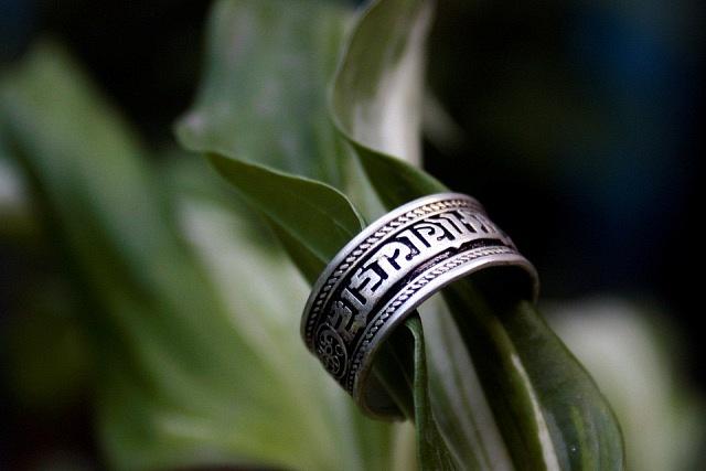кольцо OM MANIPADME HUM (640x427, 51Kb)