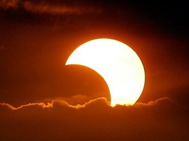 Солнечное затмение 25 ноября 2011 (369x276, 21Kb)