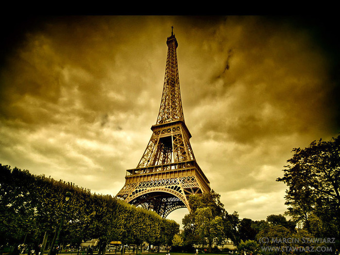 4498623_Eiffel_Tower_3D (700x525, 163Kb)