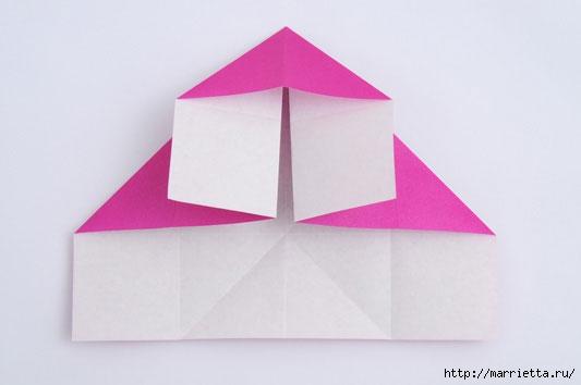 На данный момент эта роль уже все отмеченные треугольники.  Сделать этот раз схема, что делает аккордеон.