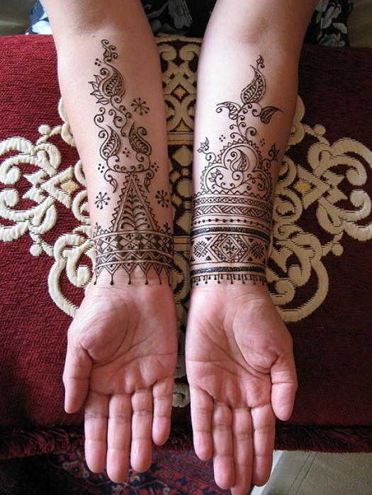 Mehndi-Fashion-for-Eid-e1312012372782 (525x700, 119Kb)