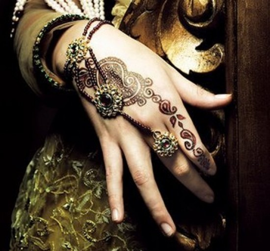 Simple-Mehndi-2-e1312710653103 (550x511, 73Kb)