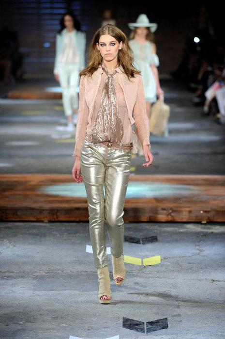 Just-Cavalli-Spring-Summer-2012-Collection-DesignSceneNet-07 - копия (465x700, 47Kb)
