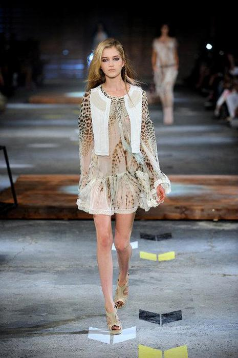 Just-Cavalli-Spring-Summer-2012-Collection-DesignSceneNet-10 (465x700, 47Kb)