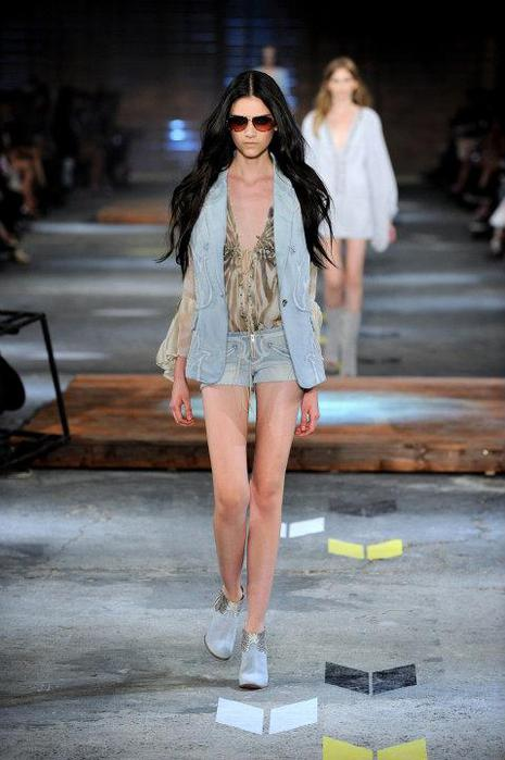 Just-Cavalli-Spring-Summer-2012-Collection-DesignSceneNet-13 (465x700, 45Kb)