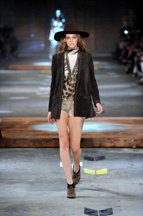 Just-Cavalli-Spring-Summer-2012-Collection-DesignSceneNet-25 (465x700, 45Kb)