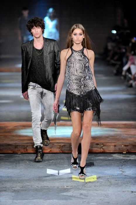 Just-Cavalli-Spring-Summer-2012-Collection-DesignSceneNet-30 (465x700, 56Kb)