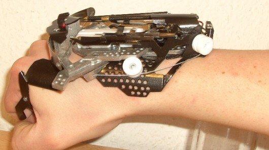 1259869_wristmountedlasersightedcrossbow (530x297, 33Kb)