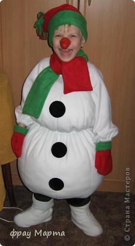 Как сделать костюм снеговика своими руками для ребенка