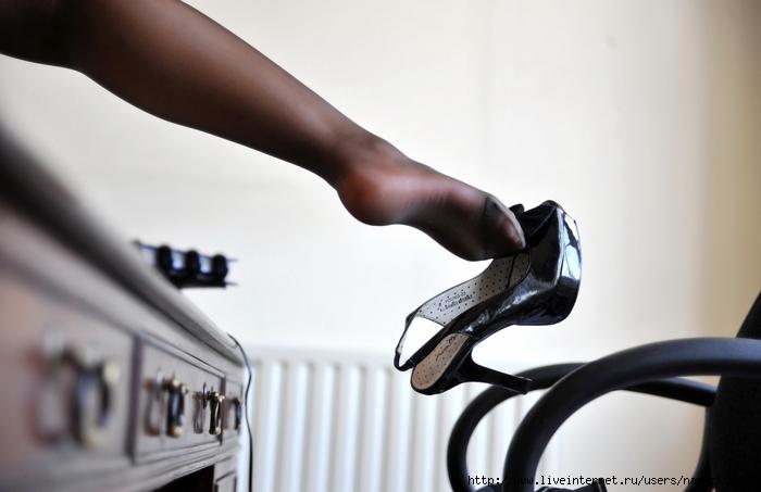 Вонючие женские ножки фото фото 424-700