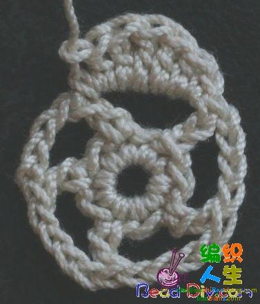 Вязаные цветы - брошь (роза с бутоном. шарфы вязаные крючком, схемы.
