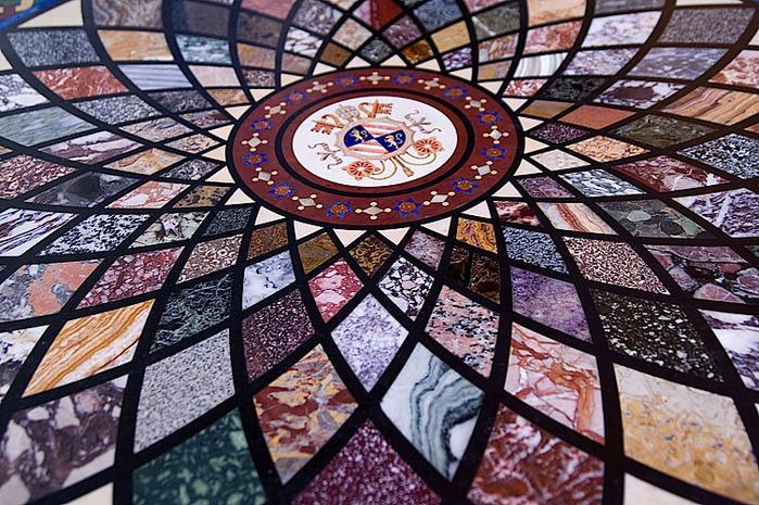 arh vatican museum-table (700x465, 174Kb)