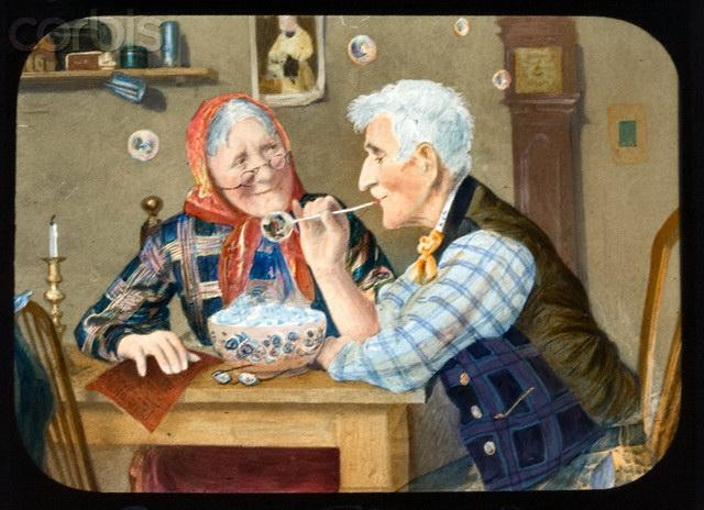 58211921_Second_ChildhoodAn_elderly_couple_blowing_bubbles (640x464, 113Kb)