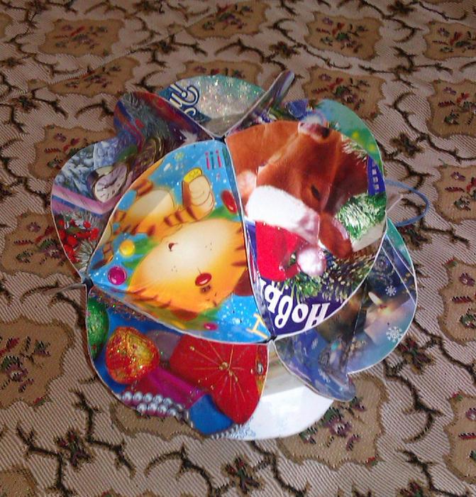 Новогодние игрушки из открыток своими руками